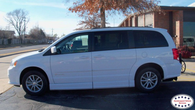 2014 Dodge Grand Caravan BraunAbility Dodge Entervan IIwheelchair van for sale