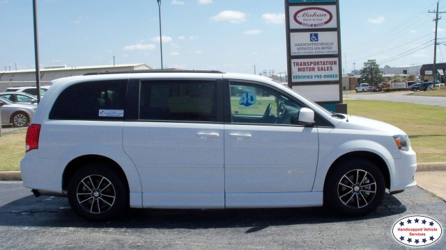 2017 Dodge Grand Caravan BraunAbility Dodge Entervan IIwheelchair van for sale