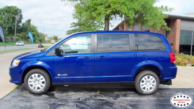 2018 Dodge Grand Caravan BraunAbility Dodge Manual Rear Entrywheelchair van for sale