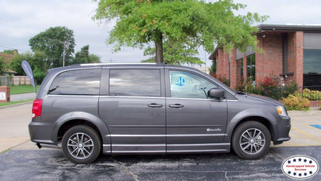 Poteau, Ok 2017 Dodge Grand Caravan BraunAbility Dodge Entervan IIwheelchair van for sale