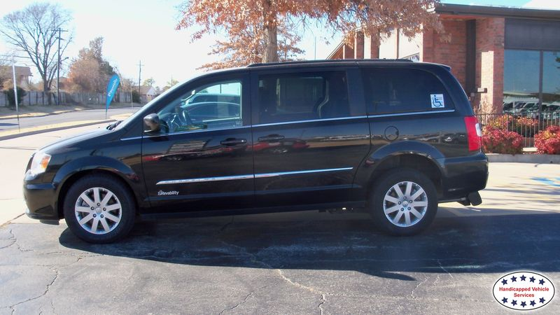 2015 Chrysler Town and Country Revability DODGE GRAND CARAVAN ADVANTAGE REwheelchair van for sale