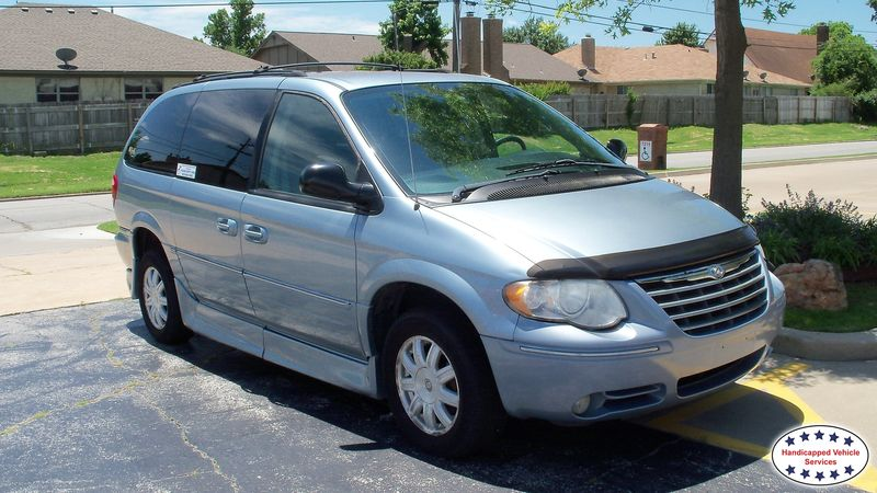2005 Chrysler Town and Country Rollx Vans Rollx Fold Out Chryslerwheelchair van for sale