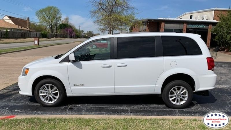 Oklahoma City, Ok 2019 Dodge Grand Caravan BraunAbility Dodge Manual Rear Entrywheelchair van for sale