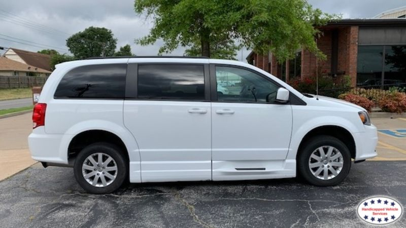 Oklahoma City, Ok 2018 Dodge Grand Caravan BraunAbility Dodge Entervan Xi Infloorwheelchair van for sale